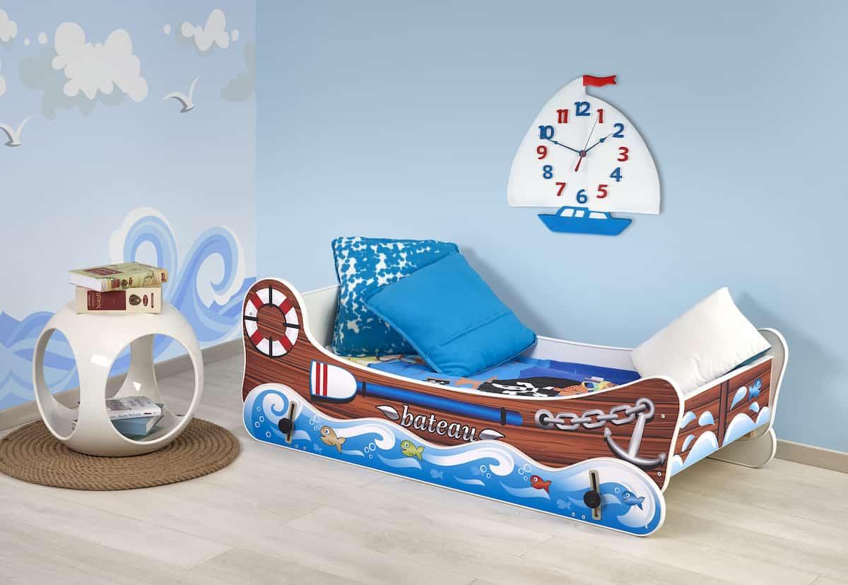 łóżko łódka
